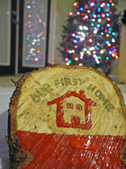 Homemade Ornament out of Christmas Tree Stump